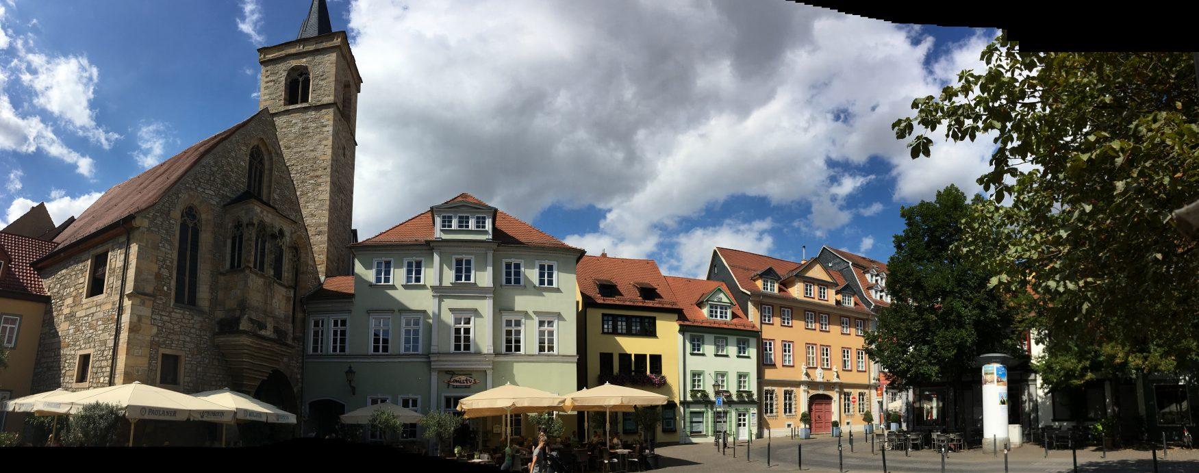 Blick auf den Wenigeplatz an der Krämerbrücke Foto: Weirauch