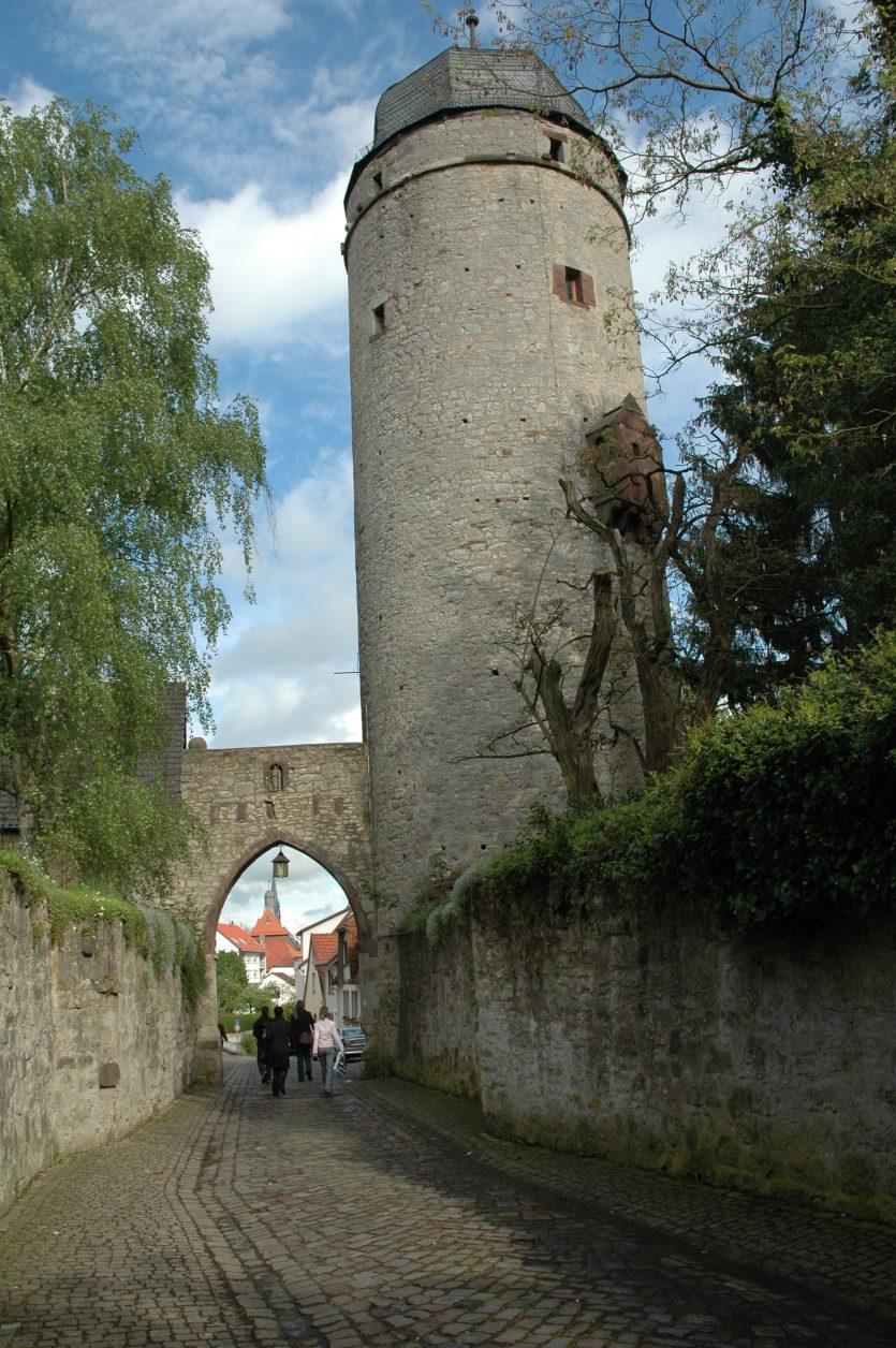 Der Sackturm von Warburg am Diemelradweg, Foto: Stadt Warburg
