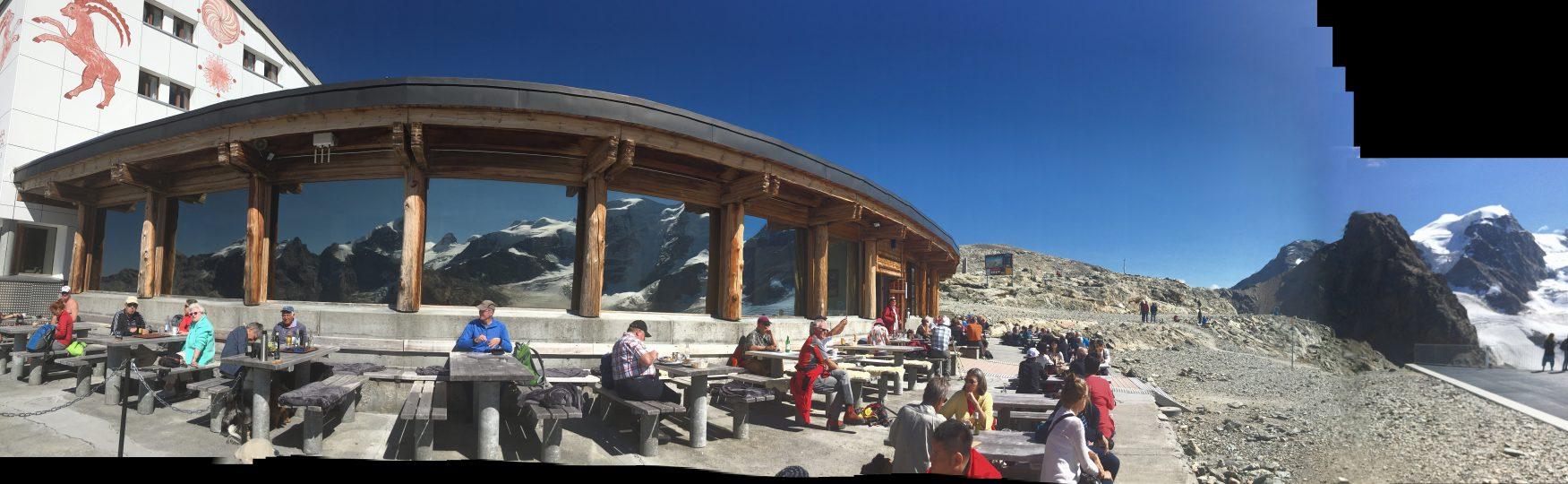 Im Ausflugsrestaurant auf der Diavolezza in der Nähe von pontresina, Foto: Weirauch