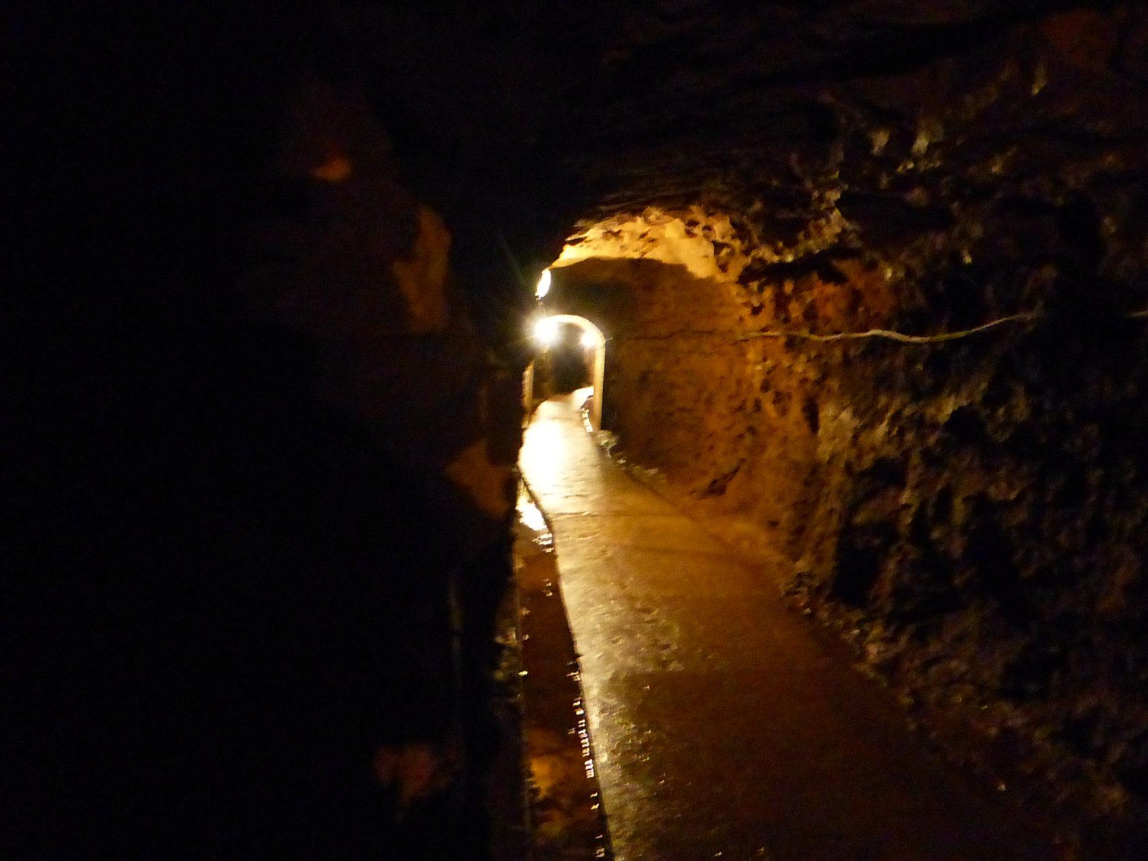 Die Wege sind nachträglich betoniert, ein jeder kann sie langgehen, foto: Weirauch