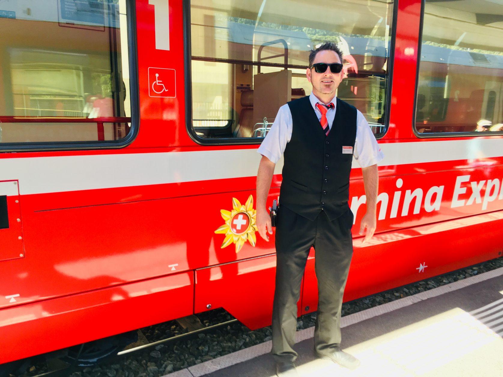 Ein stets freundlicher Zugführer, der sein Wissen gern an die Gäste weitergibt, ist auch Martin, Foto: Weirauch