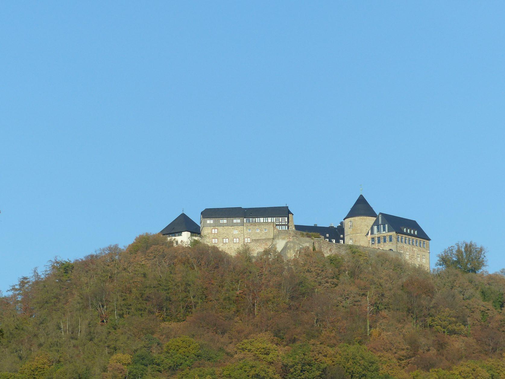 Hoch über dem Edersee thront Schloss Waldeck, Foto: Weirauch