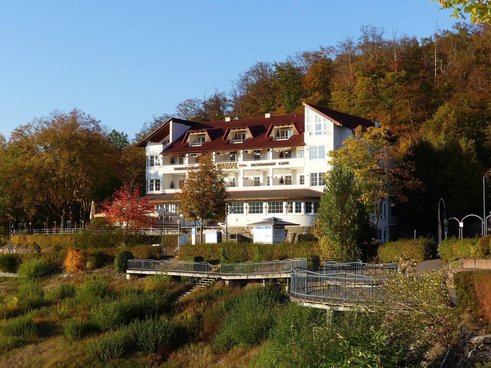 Jüngst versteigert wurde das Terrassenhotel am Edersee, Foto. Weirauch