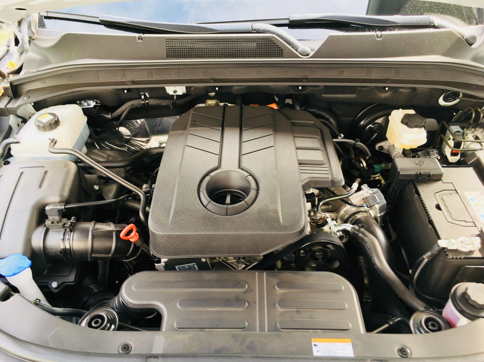 Der 2,2-Liter-Diesel zieht kraftvoll durch, Foto: Weirauch