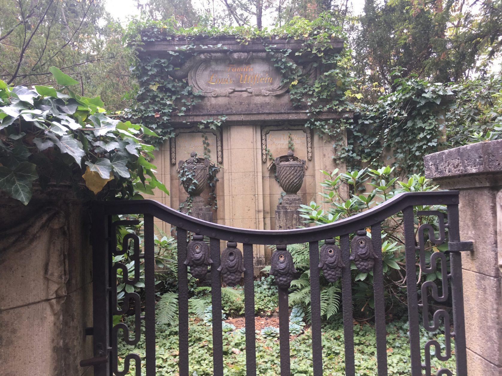 Grabstätte von Zeitungsverleger Louis-Ferdinand Ullstein auf dem Stahnsdorfer Südwestkirchhof, Foto: Weirauch