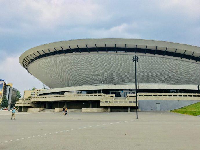 Der Spodek ist eine riesige Sport- und Veranstaltungshalle