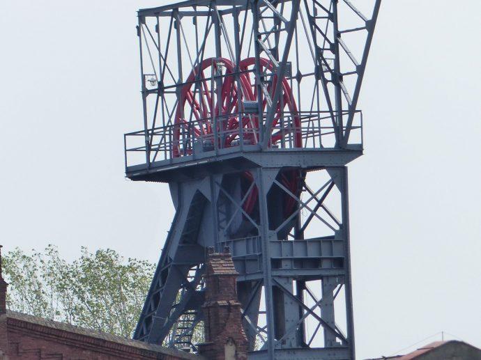 Vom begehbaren Förderturm aus hat man einen tollen Blick über Katowice und das einem zu Füßen liegende Schlesische Museum