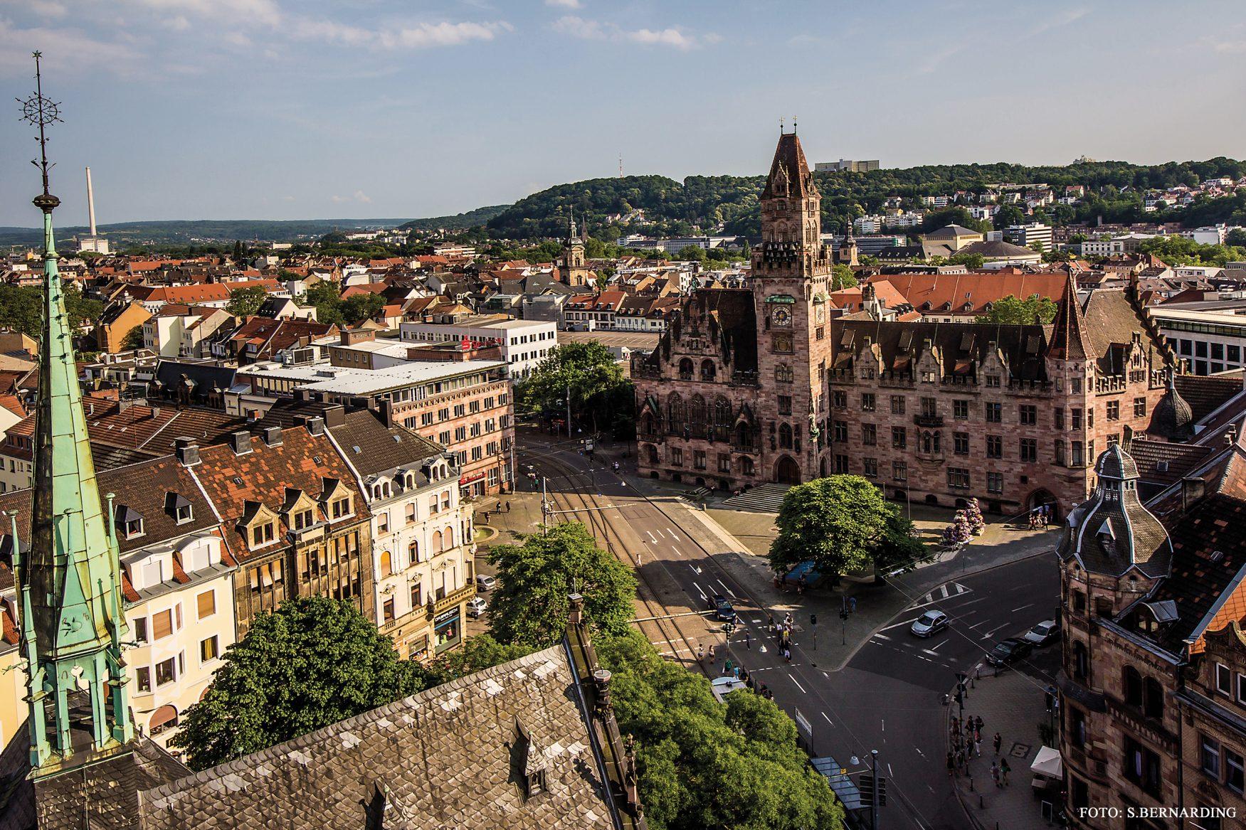 Blick auf das Rathaus von Saarbrücken, © F. Bernarding / TZS