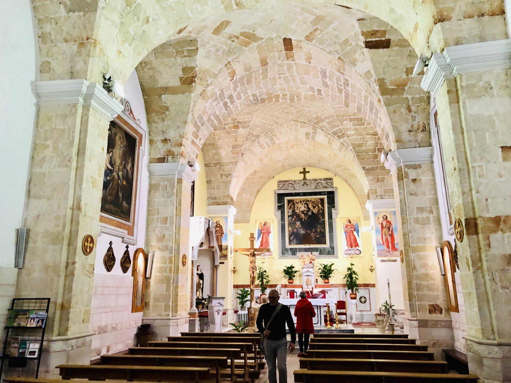 Sehenswert ist auch die Kirche Veglie bei Lecce