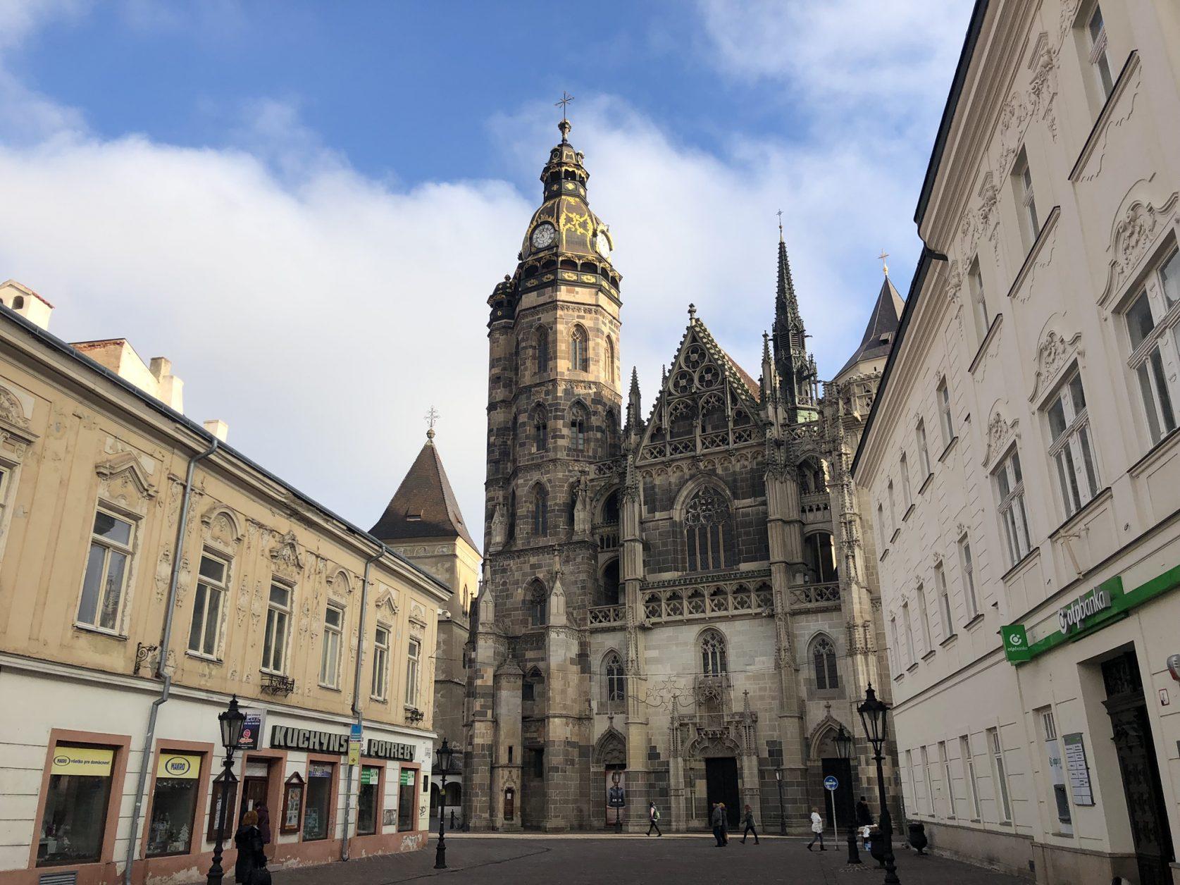 Der aus dem 15. Jahrhundert stammende Elisabeth-Dom ist die größte Kirche der Slowakei