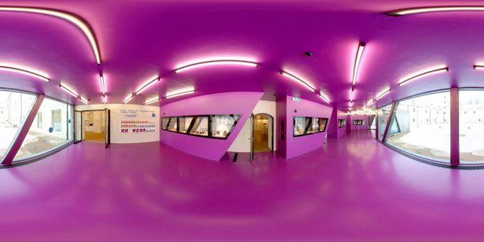 Panorama-terra_mineralia, Dauerausstellung der TU Bergakademie Freiberg, Eingangshalle_Foto Jan Rieger_Internetversion (1)