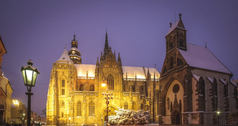 Košice - Kathedrale im Winter - Kopie