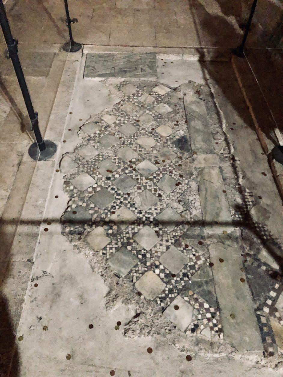 Reste vom Mosaikboden