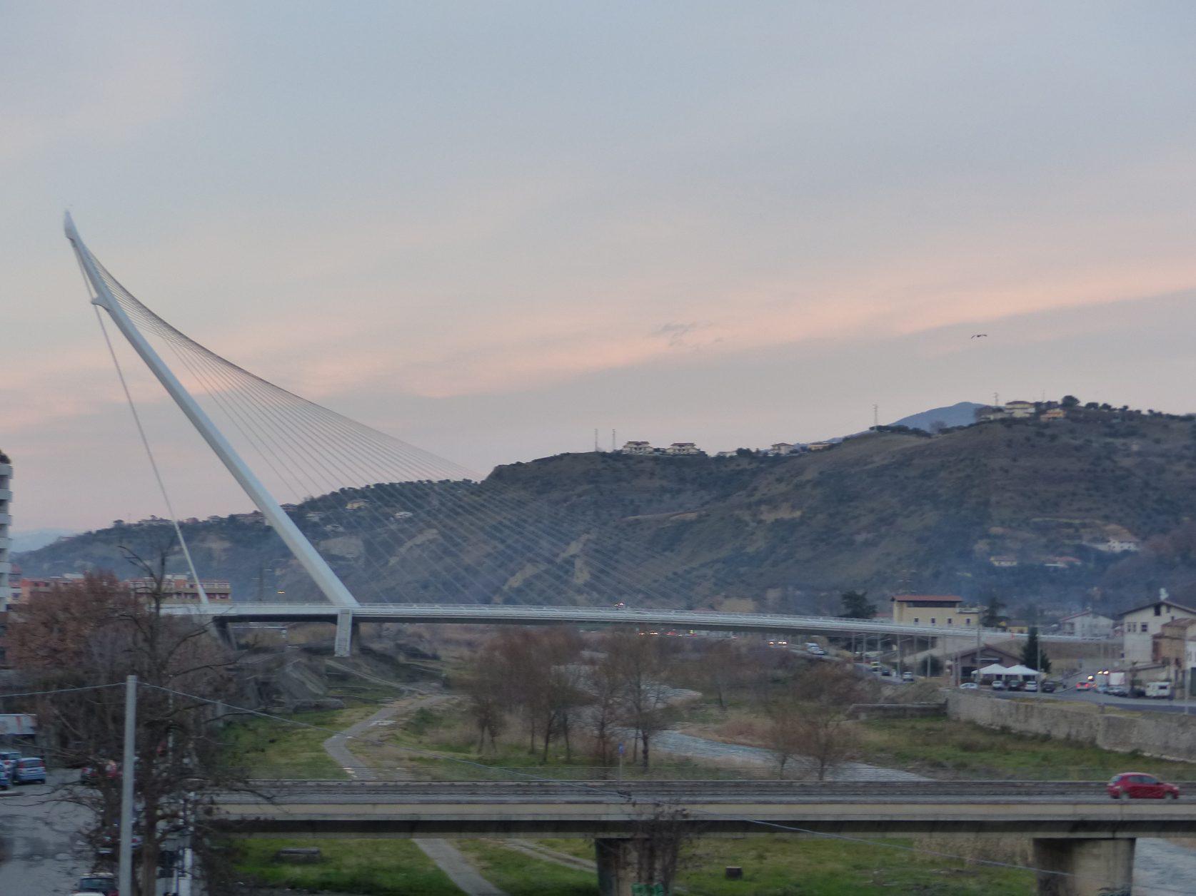 Cosenza liegt am Zusammenfluss von Crati und Busento