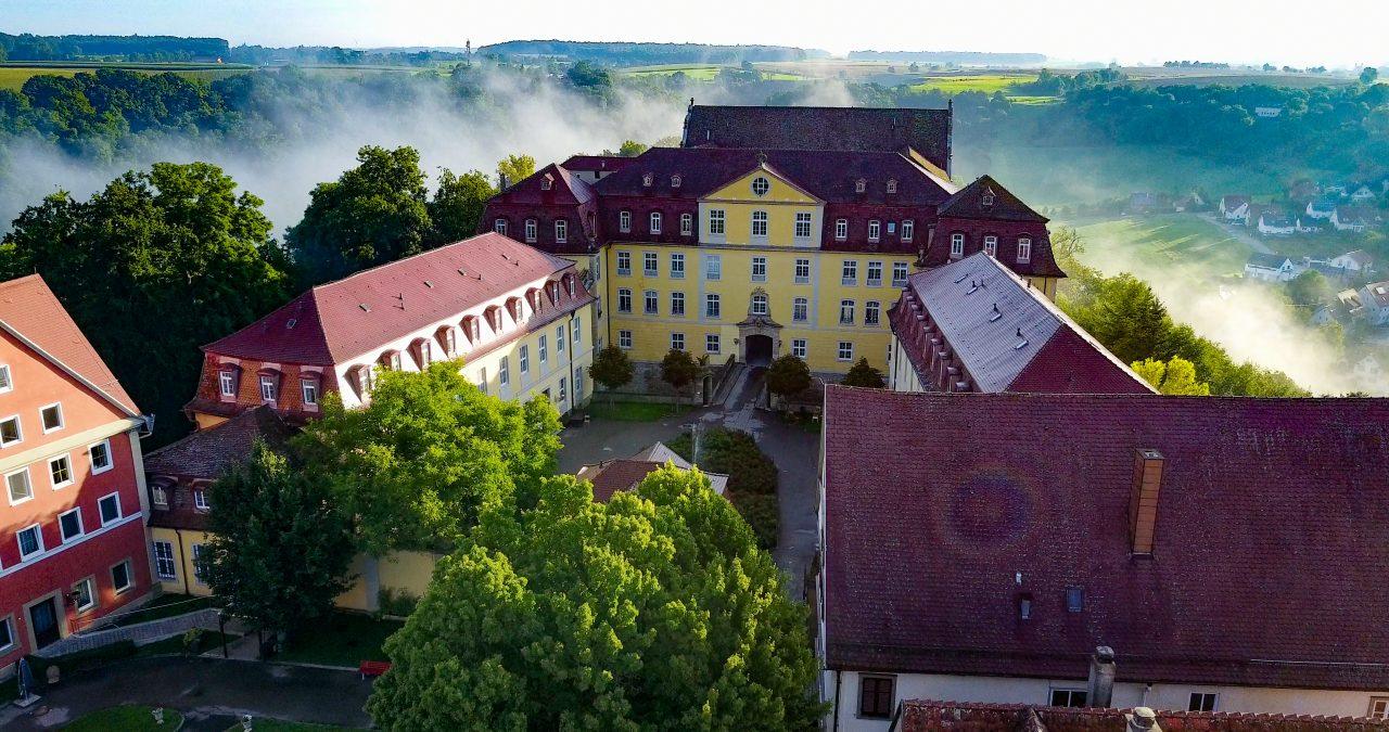 Kirchberg-Jagst_Blick-in-den-Schlosshof Burgenstraße - Foto Sohl Media