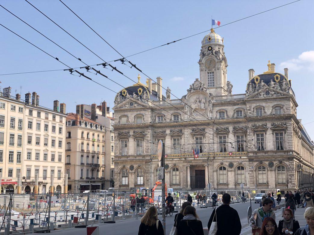 Das Rathaus von Lyon mit der Barockfassade