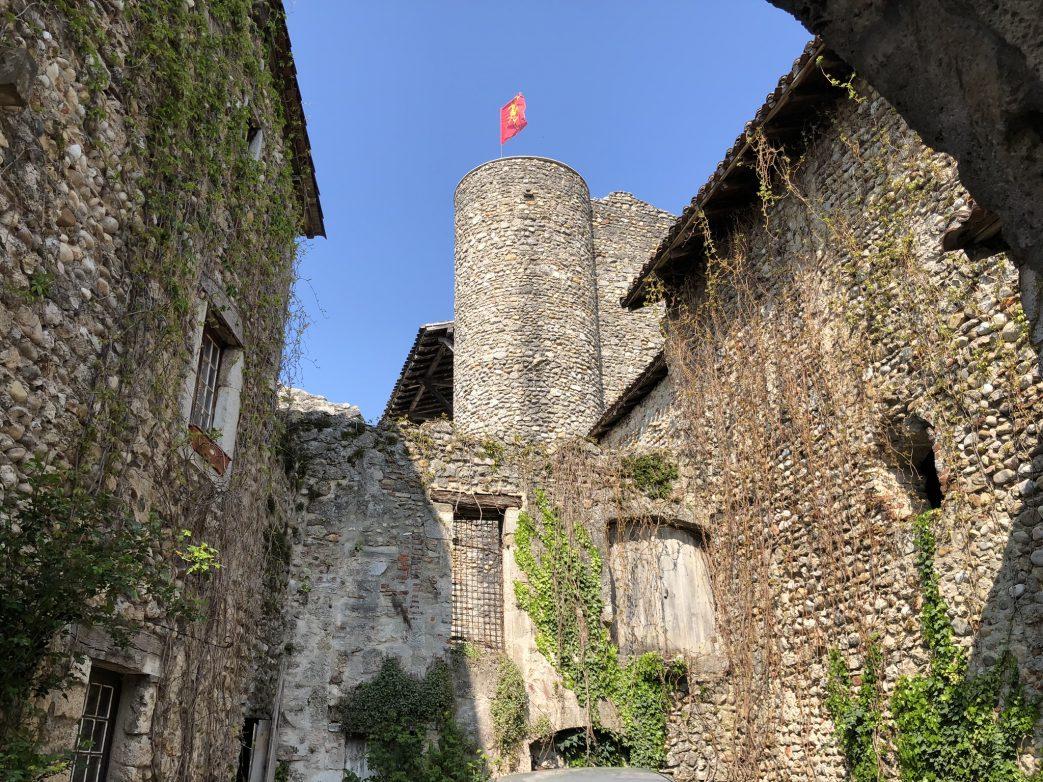 Mittelalterlicher Turm in Perouges
