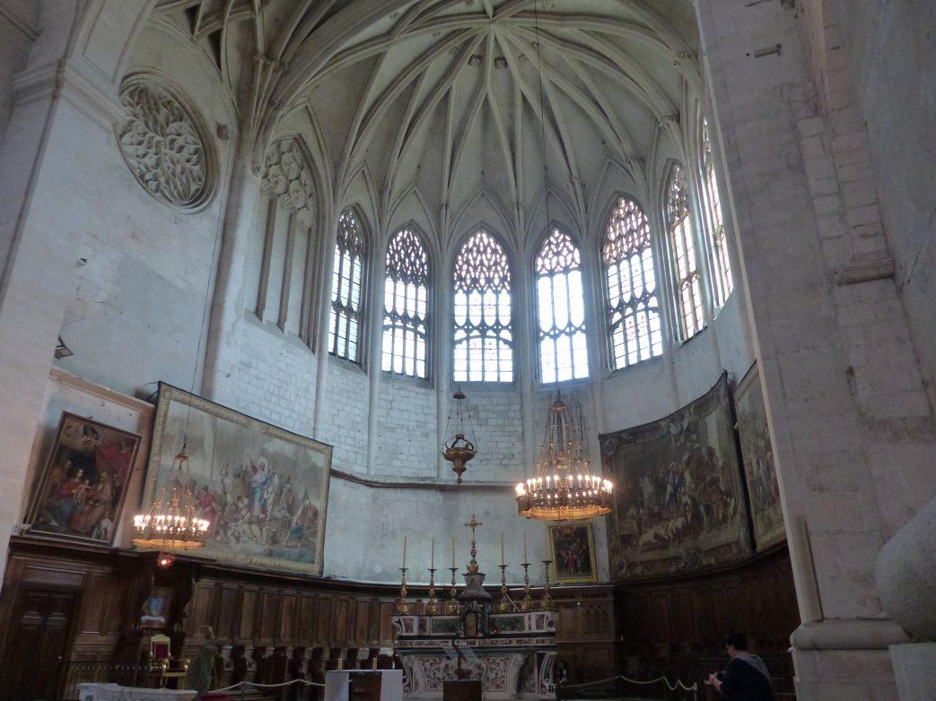 Blick in die Cathédrale Saint-Vincent