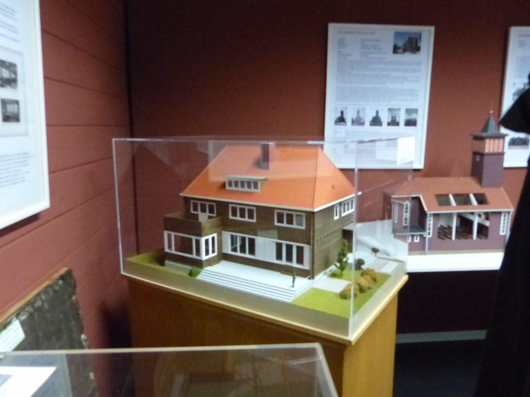 Modell des Direktorenhauses in Nieky Foto: Weirauch