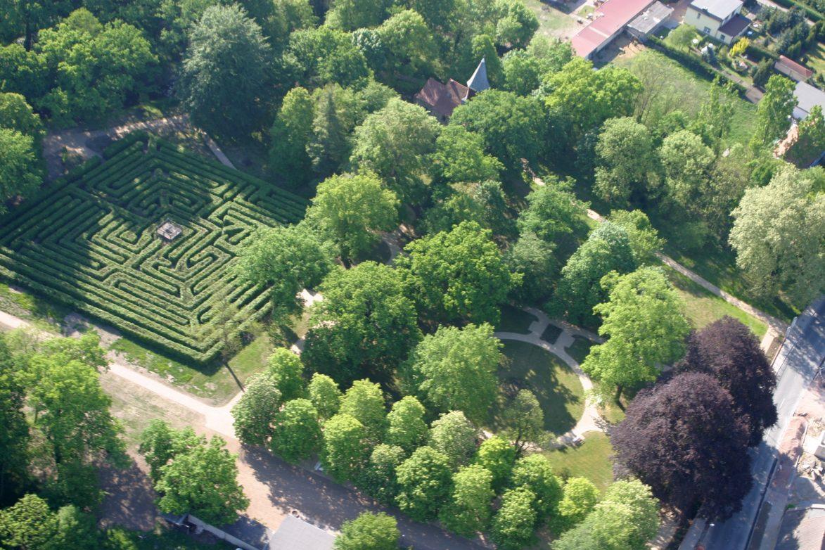 Irrgarten im Gutspark Altjessnitz_Thomas Ruttke