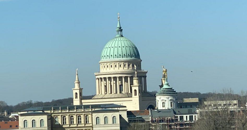 Blick auf Museum Barberini und Nikolaikirche