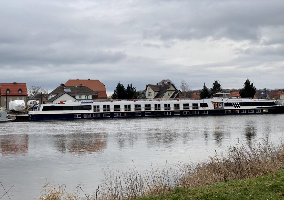 Das 4-Sterne-Schiff im Heimathafen Mukrea/Alsleben Foto: Weirauch