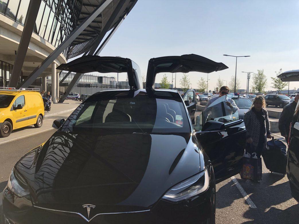 Tesla (5)
