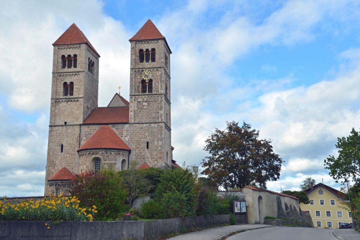 Blick auf Basilika von Altenstadt Foto: Pressebüro Berghoff