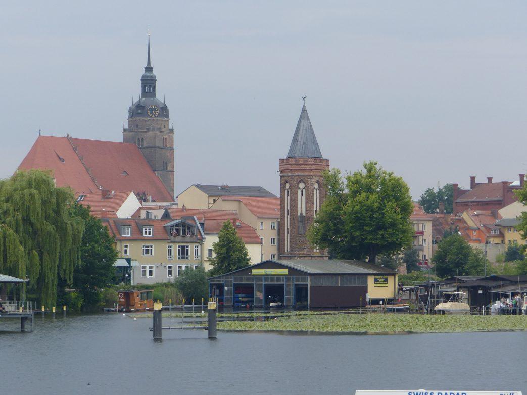 Pünktlich 117 Uhr anlegen in Brandenburg