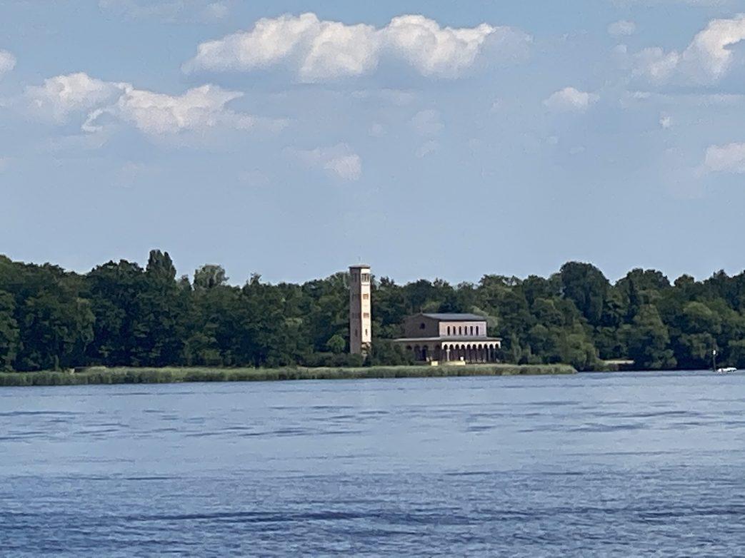 Kongsnaes Ventehalle Jungfernsee Potsdam Heilandskirche