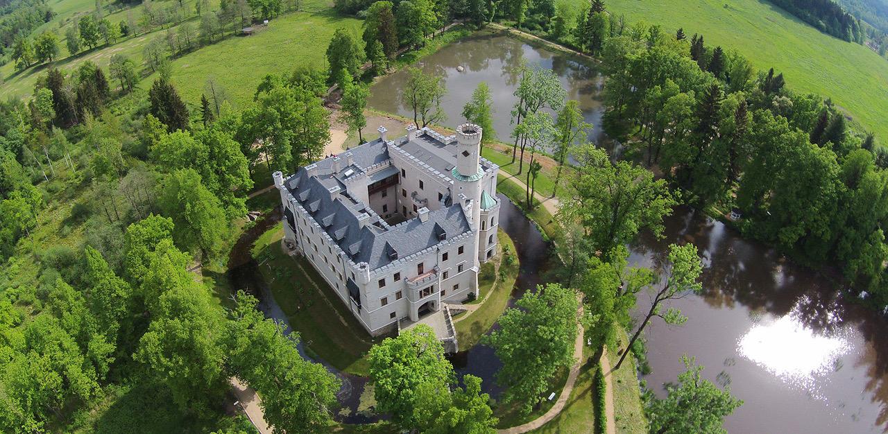 Schloss Karpnicki Foto: PR Hirschberger Tal