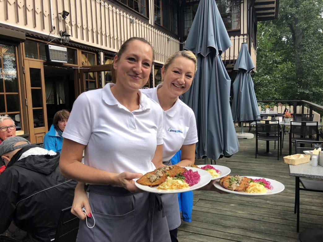 Freundlich und kompetenter Service in Mazur Syrenka durch zwei Schwestern