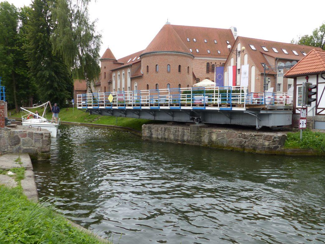 Drehbrücke in Lötzen ist die Hauptattraktion