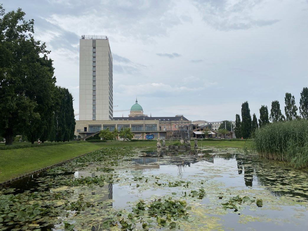 Stadtschloss Mercure Hafen Schiffahrt