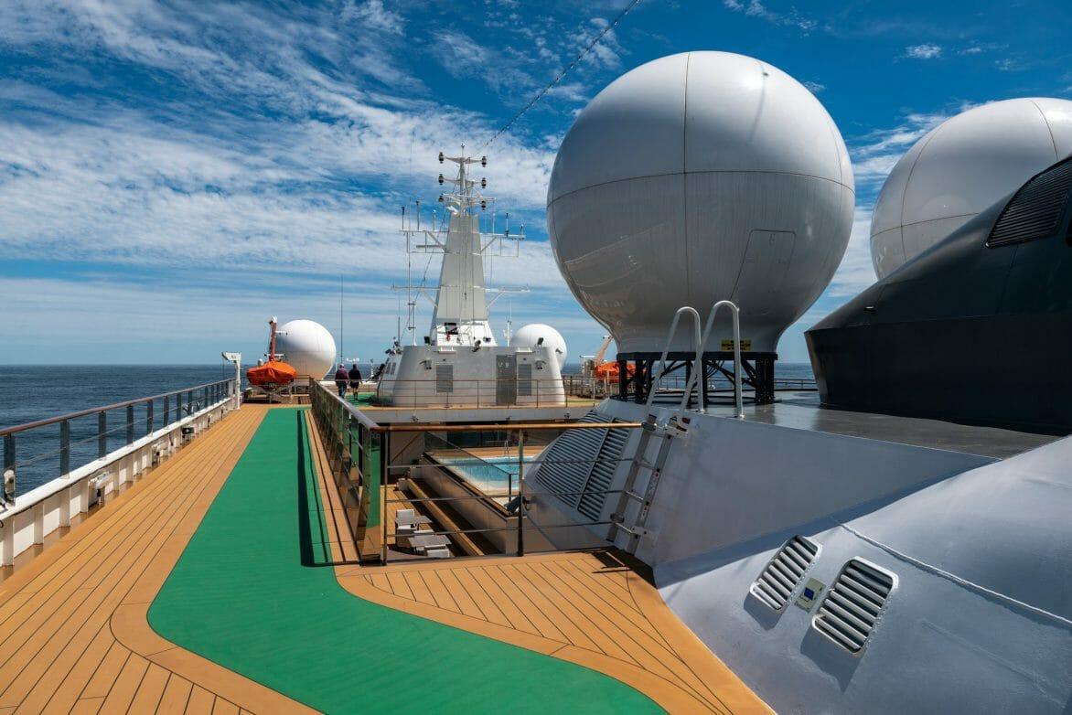 nicko-cruises World Yoager