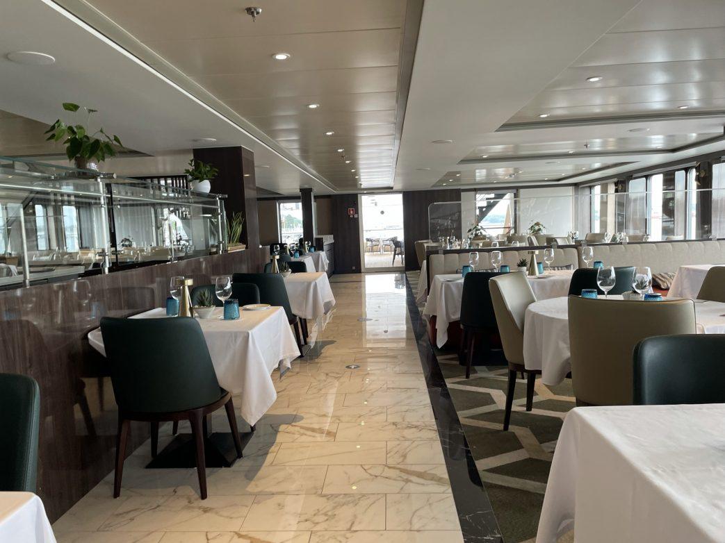 Im Mystic Bordrestaurant finden die Gäste bei einer freien Tischwahl Platz